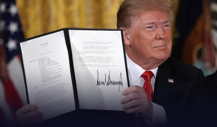 Trump signed executive order to protect national monuments & statues