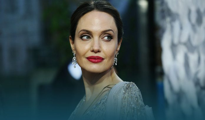 Angelina Jolie donated undisclosed fund to kids' charity lemonade stand
